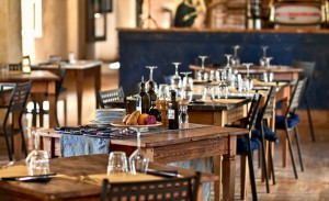 amici-inside-tables